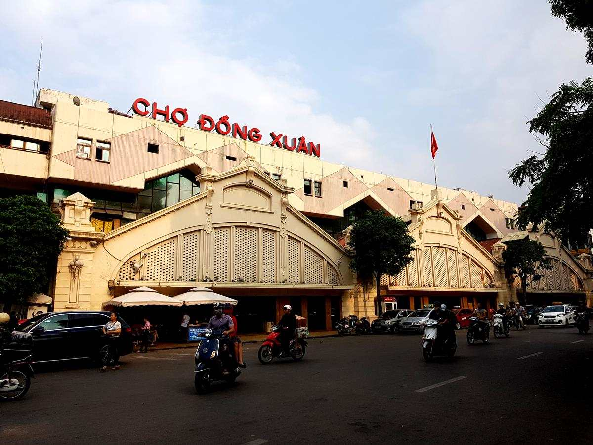 Dong Xuan Market, the whole sale market of Hanoi