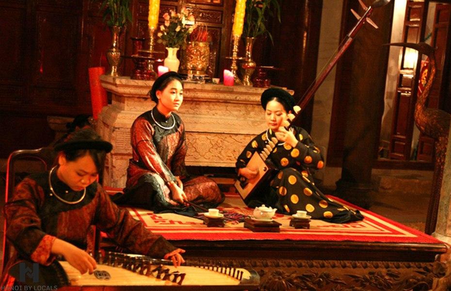 Ca Tru Thang Long- an ancient show of Vietnam