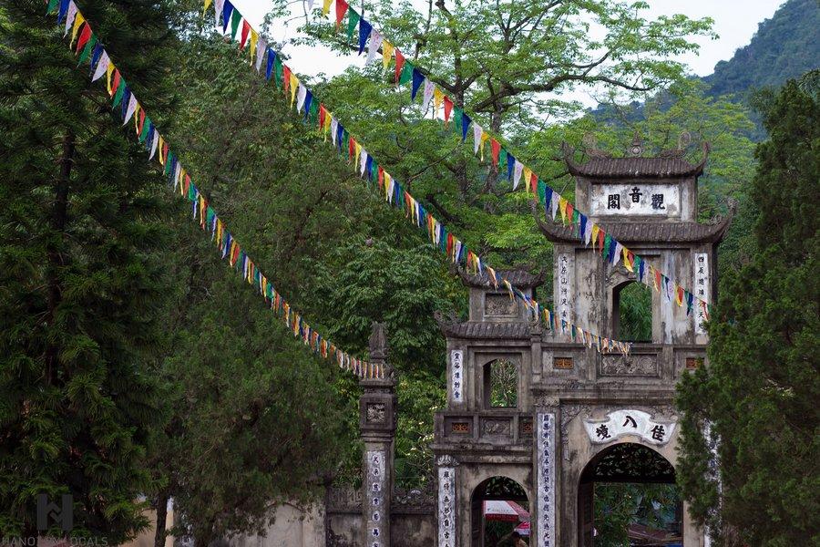 Perfume pagoda in Hanoi